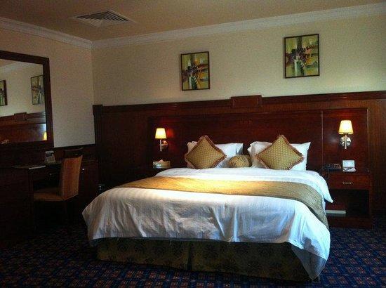 Ramee California Hotel: Junior Suite Bed Room