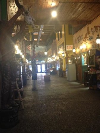 Wall Drug Store Cafe:                   wall drug mall area