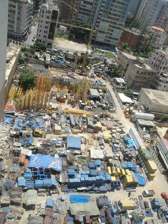 Crowne Plaza Hotel Beirut: Nearby renovation - be forewarned