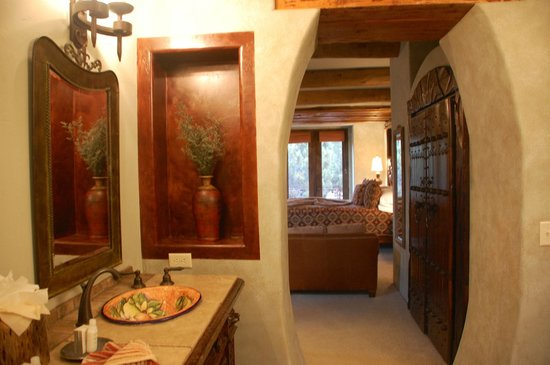 Adobe Grand Villas:                   Interior of Sagebrush Suite