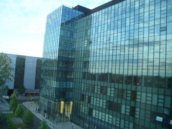 Steigenberger Airport Hotel:                   Vista desde la habitación