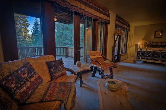 High Sierra Suite at Little Ahwahnee Inn