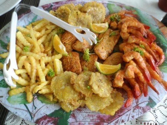 Santa Catalina Los Tecales: comida