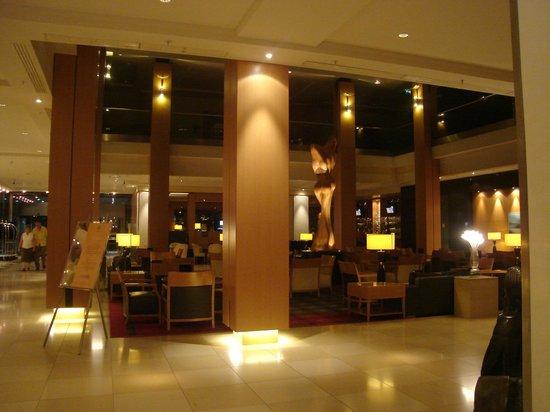 Hilton Vienna:                   Lobby