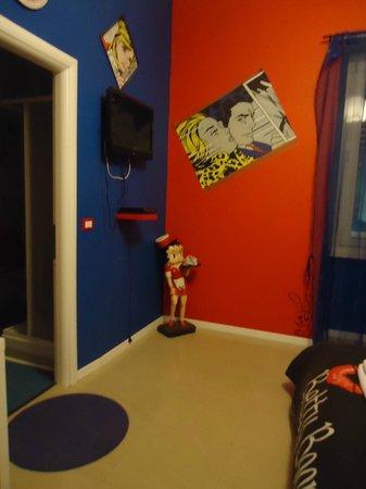 Comics guesthouse:                   una de las habitaciones
