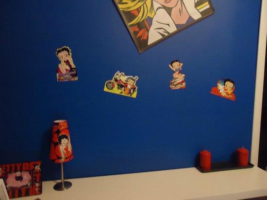 Comics guesthouse:                   habitacion betty boop