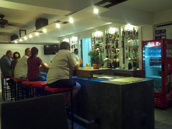 Don Antonio Aparta Hotel:                   bar area