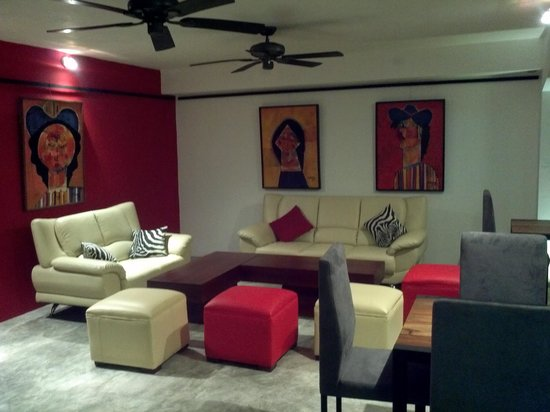 Don Antonio Aparta Hotel:                   lounge area