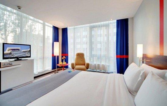 Park Inn By Radisson : Business Friendly Room