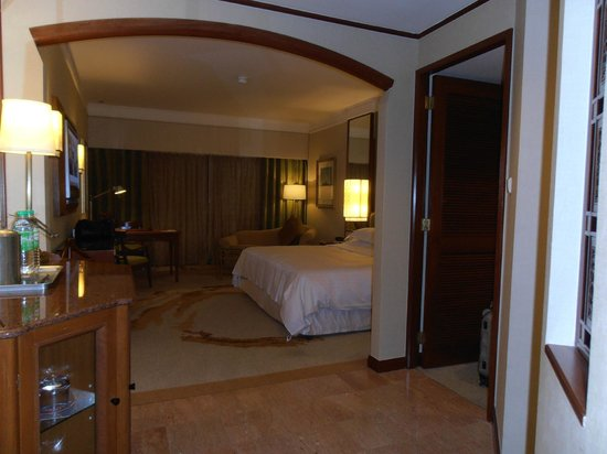 Sheraton Imperial Kuala Lumpur Hotel: Spacious room