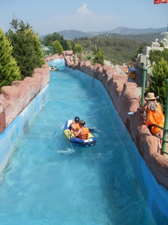Adaland: rafting