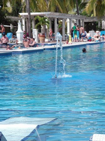 Hotel Riu Palace Pacifico:                   the pool, shady end until later in the day