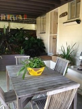 Clayfield B & B : Seating area outside Studio for your exclusive use