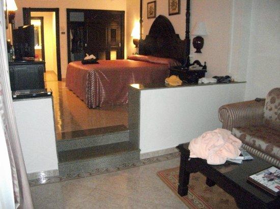 Hotel Riu Palace Pacifico:                   2 bedroom suite master