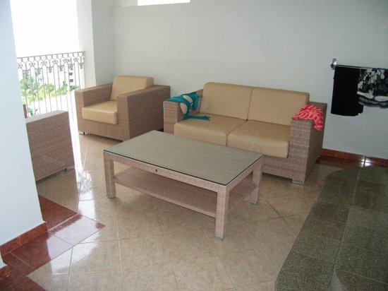 Hotel Riu Palace Pacifico:                   2 bedroom suite balcony