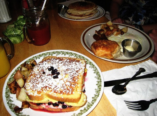 The Front Porch Cafe: The H.W. Park - Cream cheese & Berry Stuffed French Toast