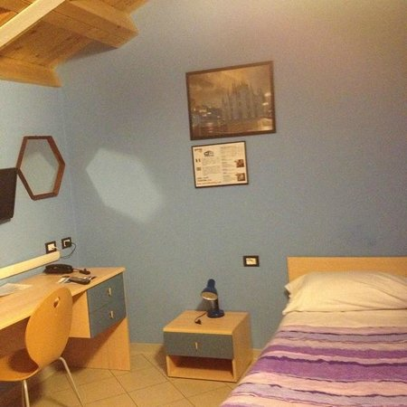 Central Hostel:                   シングルルーム