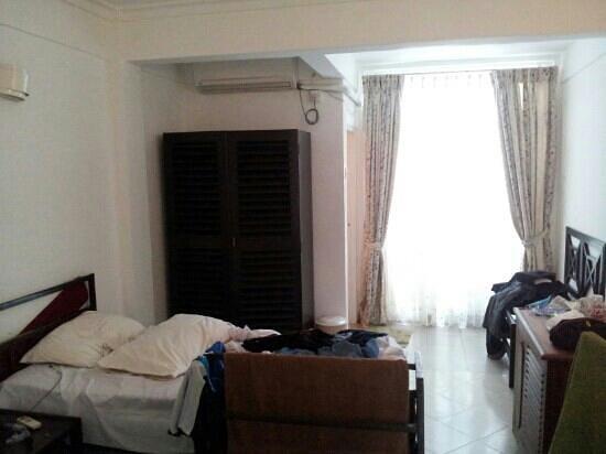 Nippon Villa Beach Resort: Room