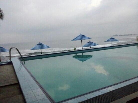 Nippon Villa Beach Resort: Pool