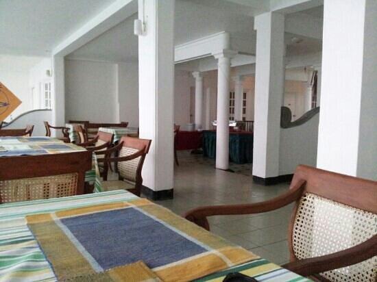 Nippon Villa Beach Resort:                   Dining area