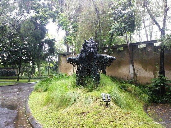 NuArt Sculpture Park :                   NuArt