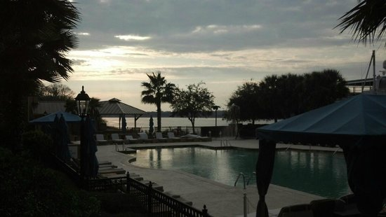 Westin Savannah Harbor Golf Resort & Spa:                   Sunrise over Savannah