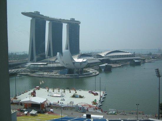 Shangri-La Hotel, Singapore:                   marina bay sands