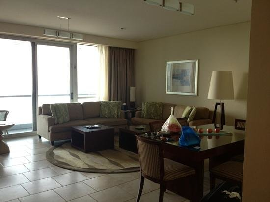 JA Oasis Beach Tower:                   lounge