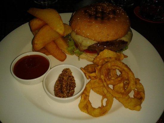 Tamarin:                   Juicy Cheese Burger