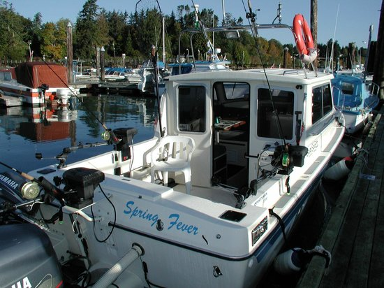 Sooke Salmon Charters : Our boat is made to fish!