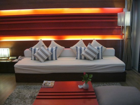 Banthai Beach Resort & Spa:                   Drawing Room