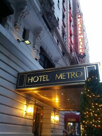 Hotel Metro:                   Cant wait for the coffe inside.
