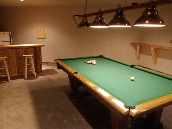 Riverbend Guest House B&B: Pool table/games room at Riverbend for guests