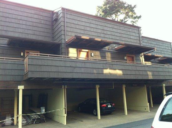 Hyatt Residence Club Carmel, Highlands Inn:                   parking area / walk to room... yuck