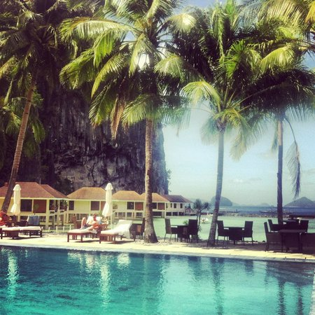 El Nido Resorts Lagen Island:                   Pool view
