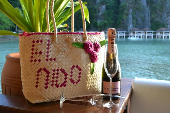 El Nido Resorts Lagen Island:                   Champagne on the deck @ Lagen