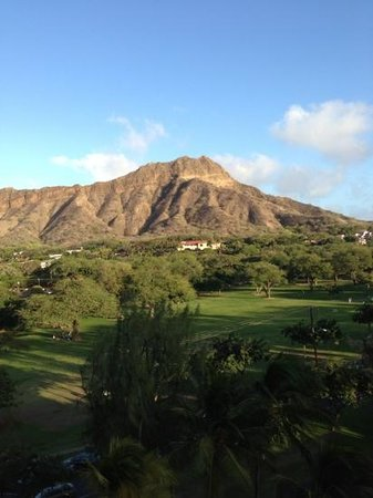 Lotus Honolulu at Diamond Head:                                     view of Diamond Head from hotel lanai