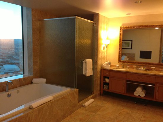 Trump International Hotel Las Vegas:                                     master bathroom