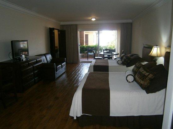 Hotel Playa Mazatlan:                   Deluxe Ocean View