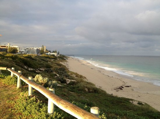 Cottesloe Beach: View south