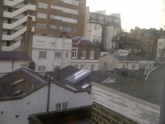 Hyde Park Rooms Hotel : View from room!