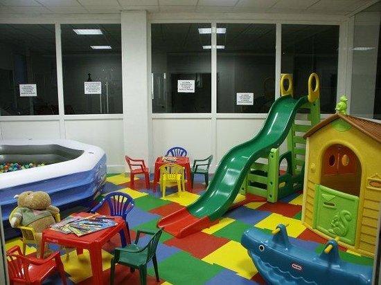 Residenza Al Porto : Sala giochi interna