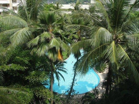 Hilton Phuket Arcadia Resort & Spa:                   Garden pool