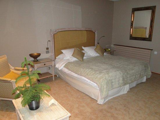 Hostellerie La Cheneaudiere - Relais & Chateaux:                   chambre terrasse
