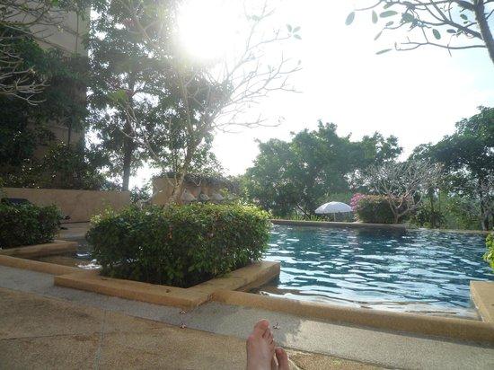 Pavilion Queen's Bay:                   piscine