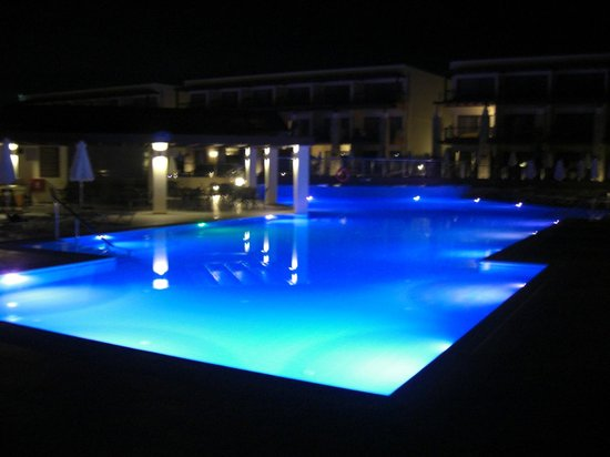 Island Blue Hotel:                   Pool at night