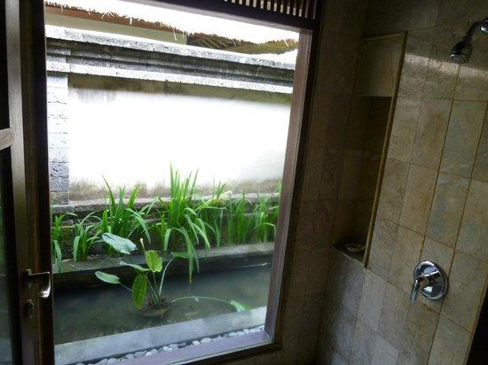 The Ubud Village Resort & Spa: Douche intérieure
