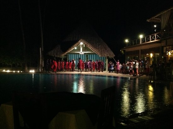 Neptune Pwani Beach Resort & Spa:                   Dinner entertainment