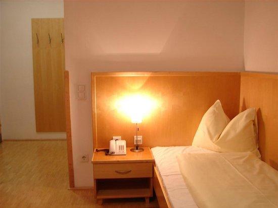 Hotel Heffterhof:                   Einzelzimmer