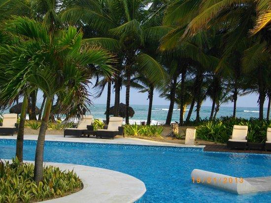 Sivory Punta Cana Boutique Hotel:                   piscine et plage